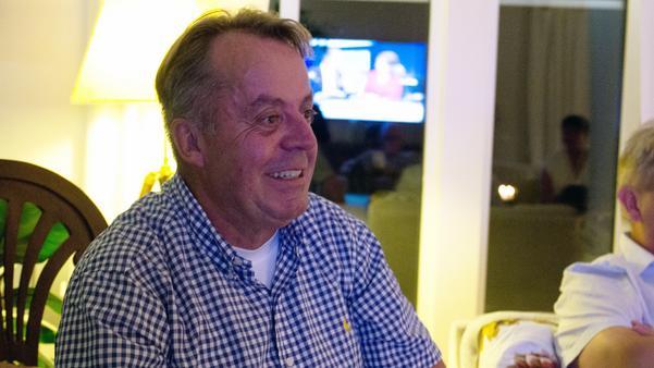 Christer Filipsson, förstanamn för Demokraterna i Norberg, under valvakan.
