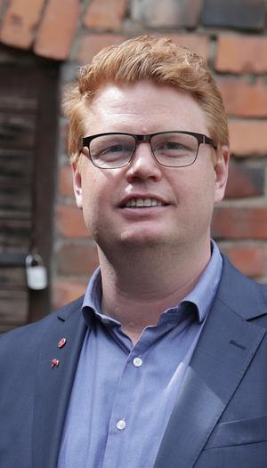 Fredrik Rönning (S) är kommunalråd i Smedjebacken.