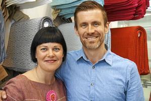 Hanna och Jacob Bruce äger Växbo lin. Foto: Arkiv