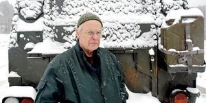 Lantbrukare Olle Nilsson anser att samhället måste lägga ett större fokus på utsläpp av kemikalier och läkemedelsrester.