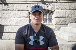 Stefan Ulander, 34 år från Härnösand. Jobbar som tjänsteman.