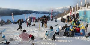 Eventbyn i Stjärnbacken är öppen måndag till onsdag 10.30–14.30. Det är en mötesplats för studenterna att mingla och fylla på med energi.