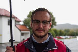 Emil Thyr, representant för fakcförbundet Kommunal, valde i oktober att lämna sina förtroendeuppdrag som en direkt följd av beslutet om privatisering inom hemtjänsten.