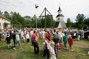 Nu fokuserar bygdegårdsföreningen på planeringen inför det traditionsenliga midsommarfirandet på Tynderö hembygdsgård.