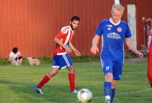 Taher Saleh var planens gigant när Avesta slog Tunabro borta i våras i Sportens livesända match. Häromveckan värvades han dock till Prästjorden i division 6.