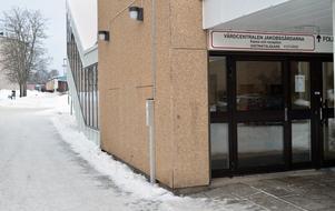 Jakobsgårdarnas vårdcentral i Borlänge har 14200 listade patienter.