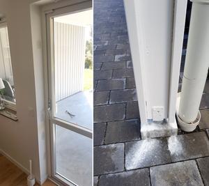 På den vänstra bilden syns spår av hur hantverkare fördärvat karmskruvarna vid altandörren, när de skulle korrigerade den. På den högra bilden syns hur färgen som hantverkare målat med utomhus bara runnit av.