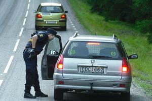 Polisjakt runt Grindsjön. Foto: Ingvar Karmhed