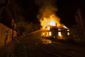 Huset i Näcktjärn blev helt förstört i branden.