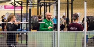 Hans Hedin, assisterande tränare i VSK:s damlag, har full koll på de unga talangerna tack vare sitt lärarjobb på bandygymnasiet.