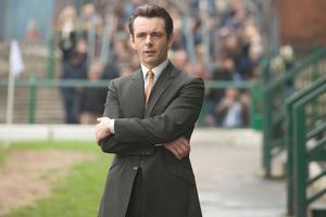 Michael Sheen som fotbollsmanagern Brian Clough i
