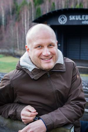 Fredric Wedin, jobbar bland annat med evenemang på Skule Naturscen.