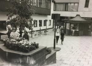 Gångvägen mellan Stora gatan och Torggatan 1981.
