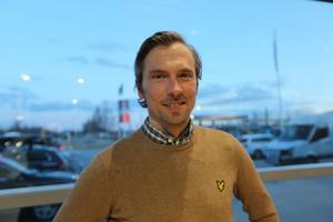 Johan Olsson ser fram emot att bara kunna vara pappa Johan.