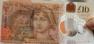 Jane Austen är en nationell skatt och pryder 10-pundsedlarna.