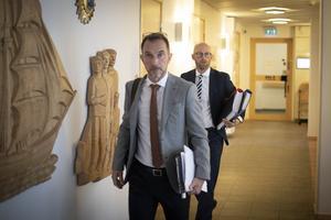 Åklagarna Peter Jonsson och Niklas Jeppsson hörde flera ÖFK-anställda under tisdagen.
