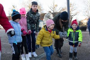 Ringlekarna bjöd på en hel del turer att hålla ordning på, då är det tur att det finns vuxna som kan vara med och hjälpa till.