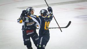 Inget lag i Hockeyettan (samtliga serier inräknade) har gjort fler mål (34) eller släppt in färre (8) än Borlänge efter sju omgångar.