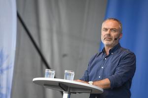 Vårens debatter om besparingar inom LSS och slöjtvång på förskolor visar på behovet av ett socialliberalt parti i svensk politik. Bild: Pontus Lundahl/TT