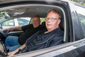 Pär Dahlstedt och Björn Eriksson anser att det är flera faktorer som spelar in varför allt färre personer misslyckas med sina uppkörningar.