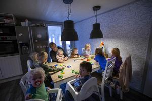Marie Tornberg är en av de dagbarnvårdare som drabbas av de lägre ersättningarna.