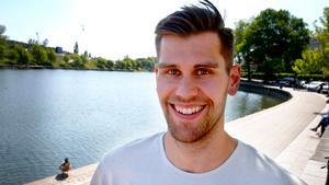 Dan Pettersson har funnit sig tillrätta i Södertälje – där hans föräldrar faktiskt bodde i slutet av 80-talet.