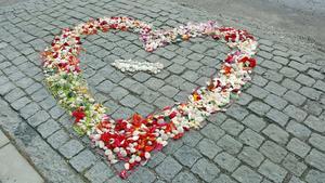 Den 14 febaruari i fjol skickade Agneta Wadlin in detta Västeråshjärta som spred sköna känslor på Öster Mälarstrand.