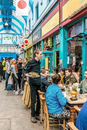 Brixton Village och Brixton Station Road Market är två marknader med mycket mat och mer därtill.   Foto: Elena Chaykina Photography/Shutterstock.com
