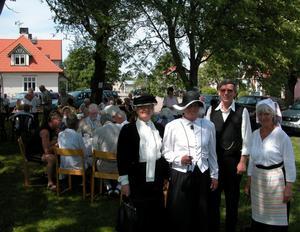 Jubileumsfirande. Barbro Norberg från Borlänge (tv), Violet J.Kallio , Pa Åke Andersson och Inger Elvnäs Strid deltog i helgens jubileumsfirande vid Järnvägsparken.