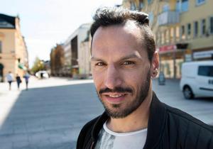 Wisam Gharzoul startade restaurangen Vezzo i Sundsvall tillsammans med en kompanjon.Bild: Jan Olby