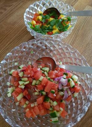 Mango och tomatsalsa