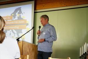 Journalisten och biologen Anders Hagman, arbetar på Västerås stift och är en av dem som hjälpt till med projektet.