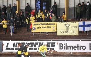 Örebro hade ett gäng trogna fans på plats på Idrottsparken i Ljusdal.