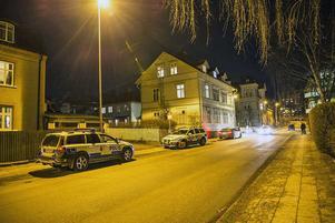 Sent på måndagskvällen den 13 februari skedde explosionen på Täppgatan därden utpressningsdrabbade  företagaren har kontor.