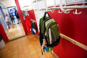 En elev på en skola i södra Dalarna har utsatts för kränkningar. Nu kritiseras kommunen av Skolinspektionen (Obs! Personerna och skolan på bilden har inget med texten att göra.Foto: Fredrik Sandberg / SCANPIX