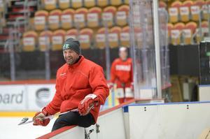 Peter Hirsch får uppdrag i ännu ett rödvitt lag, han kliver in som målvaktstränare för det danska landslaget.