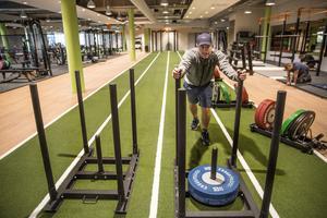 Philip Lindström är ansvarig för det nya gymmet EF24 i Falun.