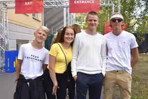 Från vänster: Gustav Rahm, Julia Berglund Östman, Viktor Ström och Malte Zetterberg.