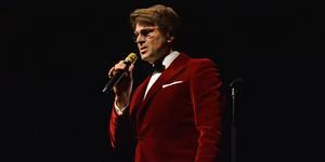 Niklas Strömstedt uppträdde med julkonserten
