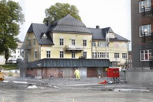 Brännäsgårdens vackra byggnad syns numera från Roslagsgatan.