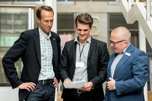 Fredrik Holmgren, Näringslivschef i Örnsköldsviks kommun,  Martin Gandal, arbetsmarknadsanalytiker på Arbetsförmedlingen och Anders Hahlin, chef för Arbetsförmedlingen i Kramfors, Sollefteå och Örnsköldsvik.