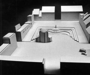 Jörgen Stening föreslog en djupt urgrävd terass och ett glashus med betongpelare där det skulle finnas servering.