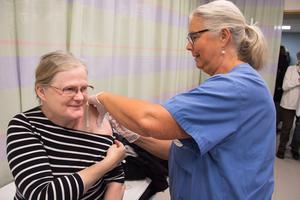 Berit Svensson har diabetes och tillhör därmed en av riskgrupperna som rekommenderas vaccinera sig.