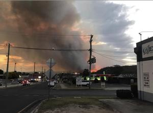Paret var nära att förlora sitt hus när branden härjade i Stanthorpe.