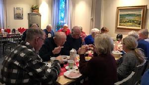 Grötfrukost på Prästgården. Foto: Birgitta Claesson