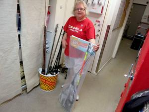 Redan på måndagseftermiddagen hade det lämnats in en hel del fiskeutrustning till Anne Persson på Time-butiken.