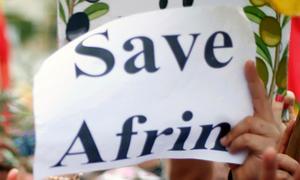 I samband med sitt årsmöte på söndagen så antog Borlänge arbetarekommun ett uttalande om situationen i Afrin i Syrien. Bland annat anser Socialdemokraterna att det är dags att FN tar sitt ansvar för situationen. Bilden är tagen i samband med en kurdisk demonstration i Beirut, Libanon i februari.