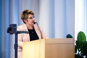 Opåpositionsrådet Åsa Sjödén är kritisk till att kommunen inte tänker amortera på sina lån. Foto: Arkiv