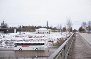 Den planerade Hemköpbutiken får ett lättillgängligt läge intill riksväg 70 på Skogsbosidan.