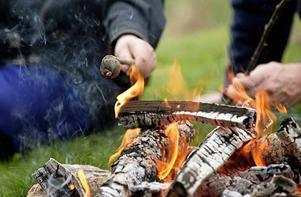 Från och med torsdag morgon är det förbjudet att elda i skog och mark.